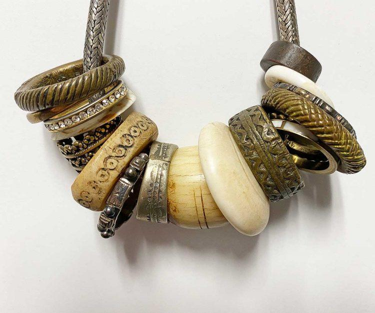necklacebraceletringsdetail