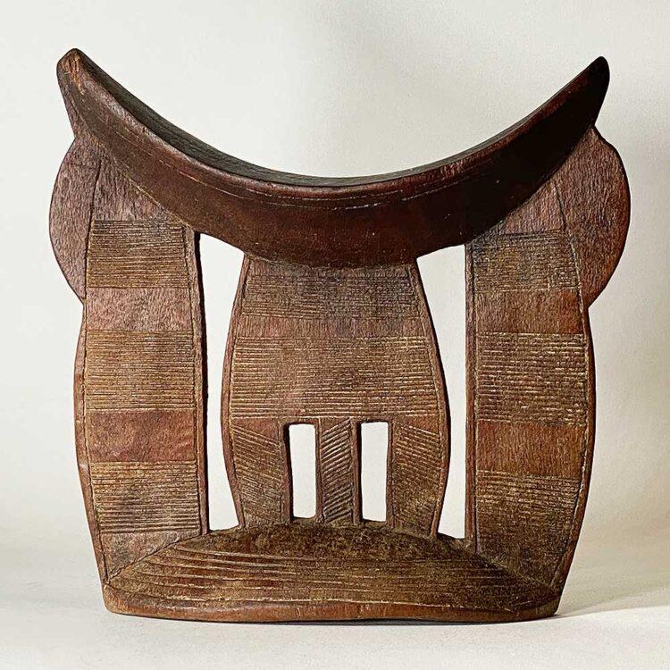 Headrest114