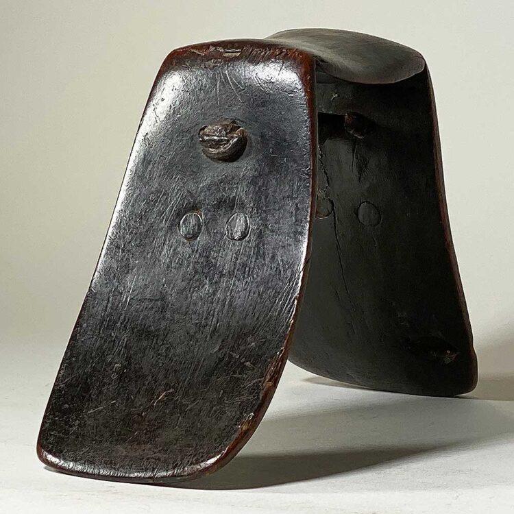 Headrest304s
